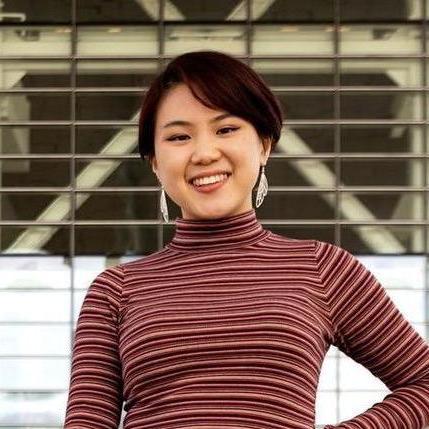Samantha Lee's avatar